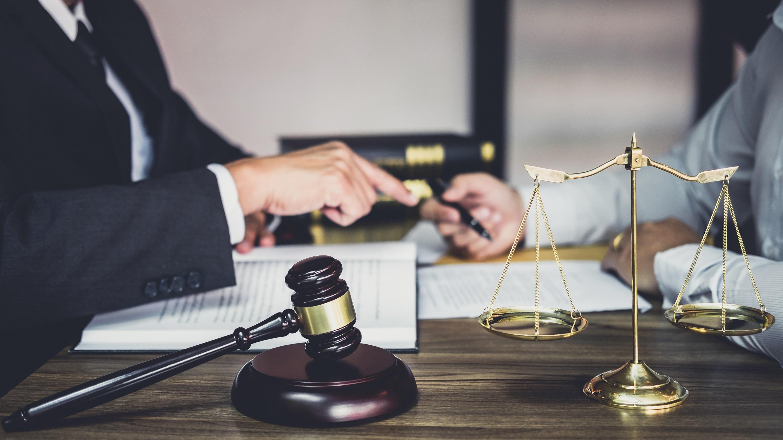 Vlastnické právo: Legislativa nedává vlastníkům jenom práva, ale definuje také povinnosti a omezení