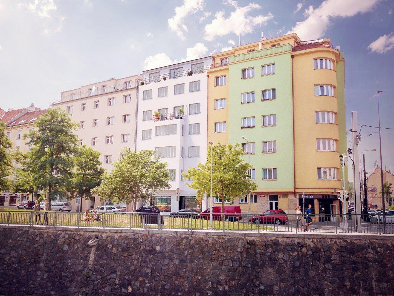 náměstí Dr. Holého