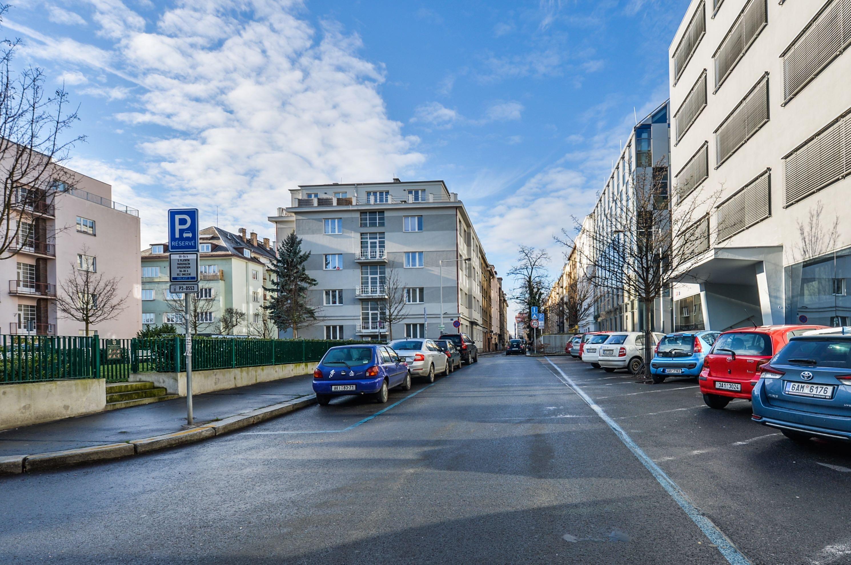 улица Kouřimská