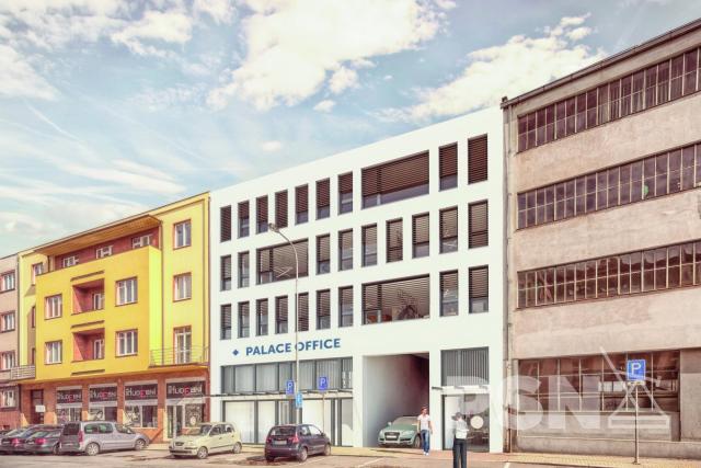 Moderní administrativní budova skancelářskými aobchodními prostory Náměstí 5. května 835, Hradec Králové
