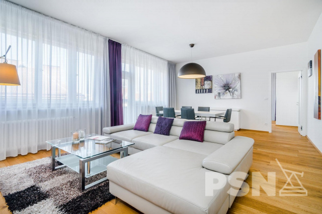 Pronájem bytu 3+kk/2T Jičínská 10, Praha 3 - Vinohrady