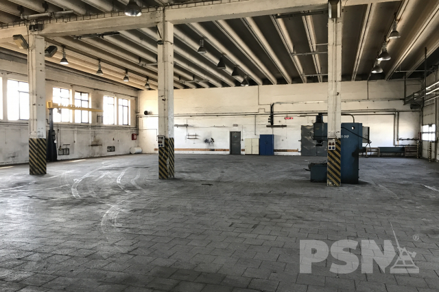 Skladové avýrobní haly Vážní 908, Hradec Králové