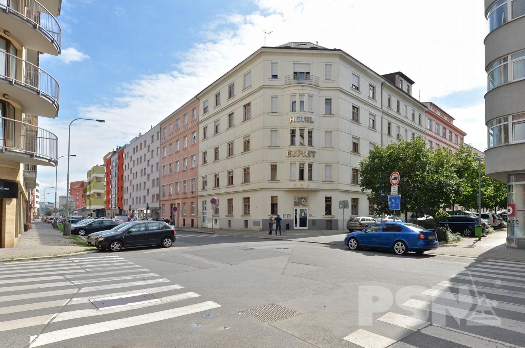Стоимость аренды коммерческой недвижимости в праге Аренда офиса 50 кв Харьковская улица