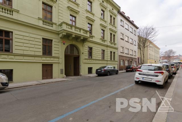 Rozestavěný ateliér 2+1 Pivovarská 626/7, Praha5