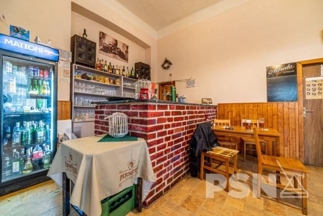 Restaurace stanečním sálem