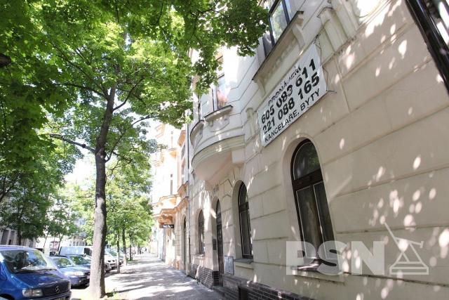 Pronájem bytu 1+1 Křižíkova 464/117, 186 00 Praha 8-Karlín, Czechia