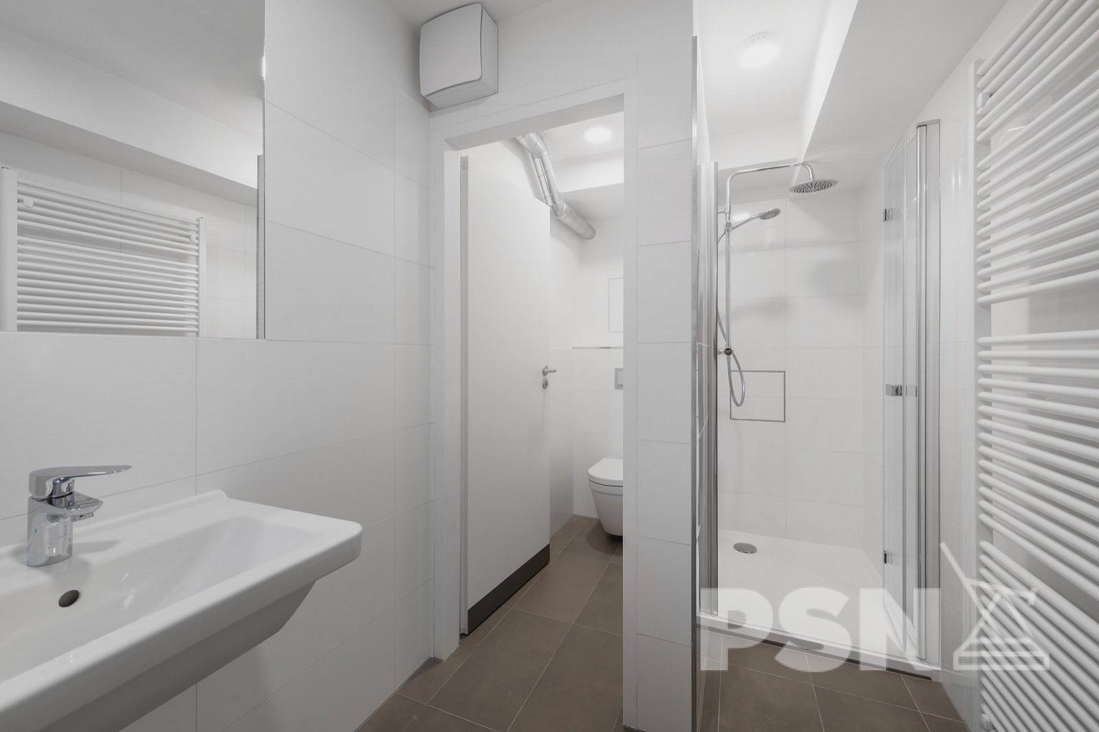 Accommodation unit
