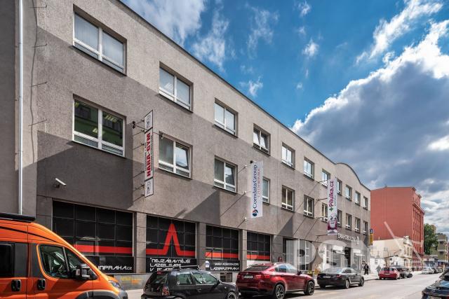 Kanceláře Drahobejlova 36, Praha8