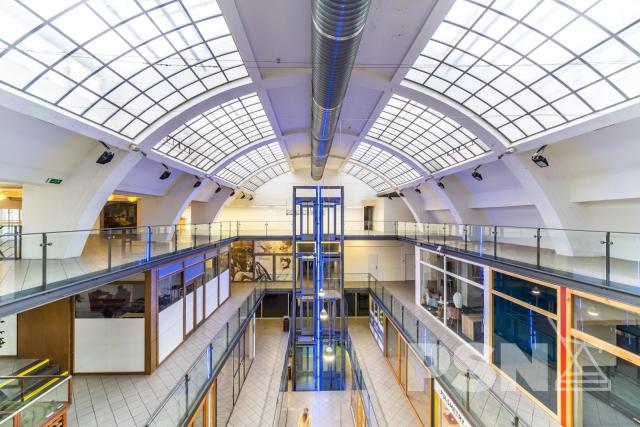 Obchodní prostor Náměstí republiky 1400