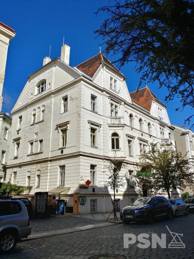 Pronájem bytu 3+1 Muchova 4, Praha 6
