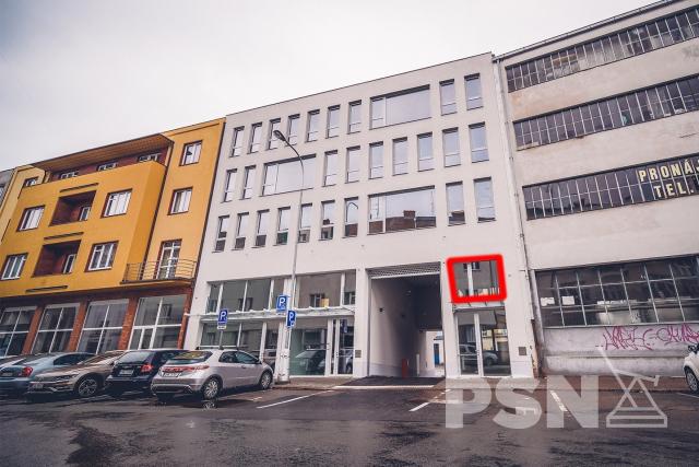 Moderní kanceláře 62 m2 v centru Hradce Králové - 1/5