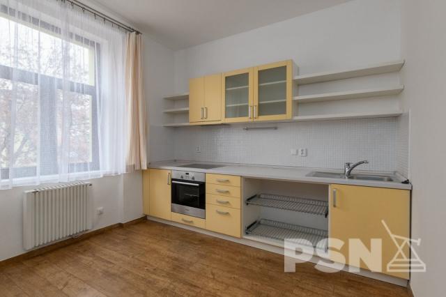 Pronájem bytu 2+kk Jaromírova 57, Praha 2 - Nusle