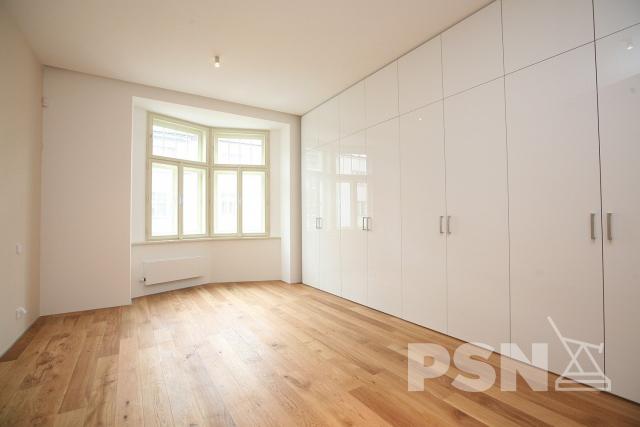 Pronájem bytu 3+kk Laubova 5, Praha 2
